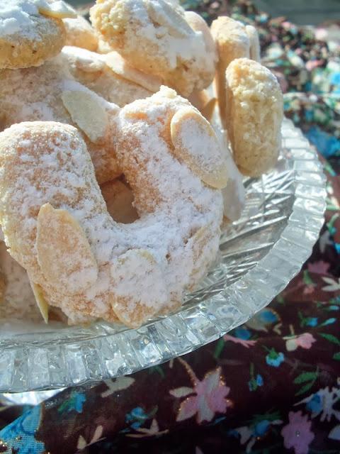 AMARETTI-suvi kolači sa bademom