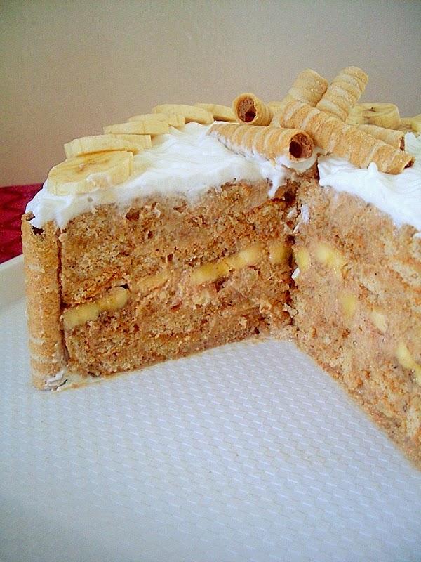 Slojevita torta sa ananasom
