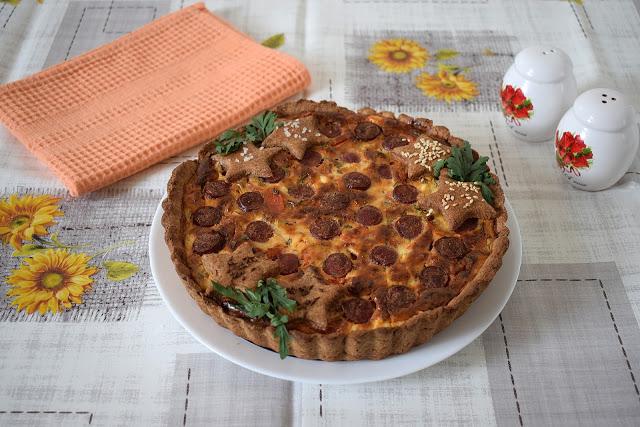 Hrono tart sa sirom i kobasicama