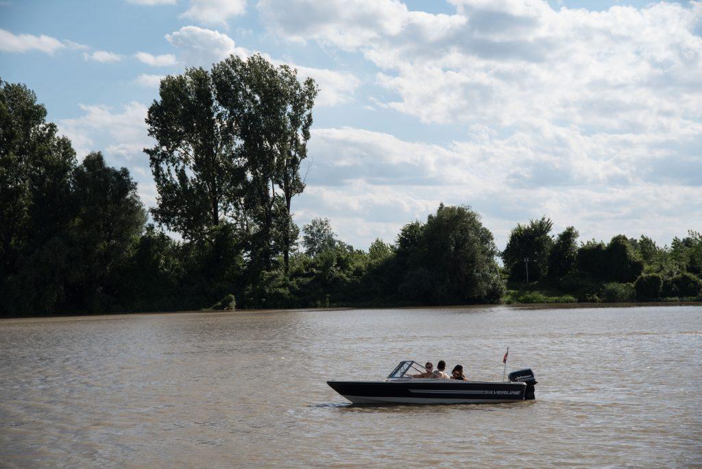 Vožnja čamcem na Tisi