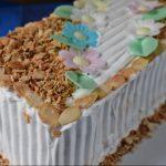 Vocna torta sa visnjama i breskvama iz kompota