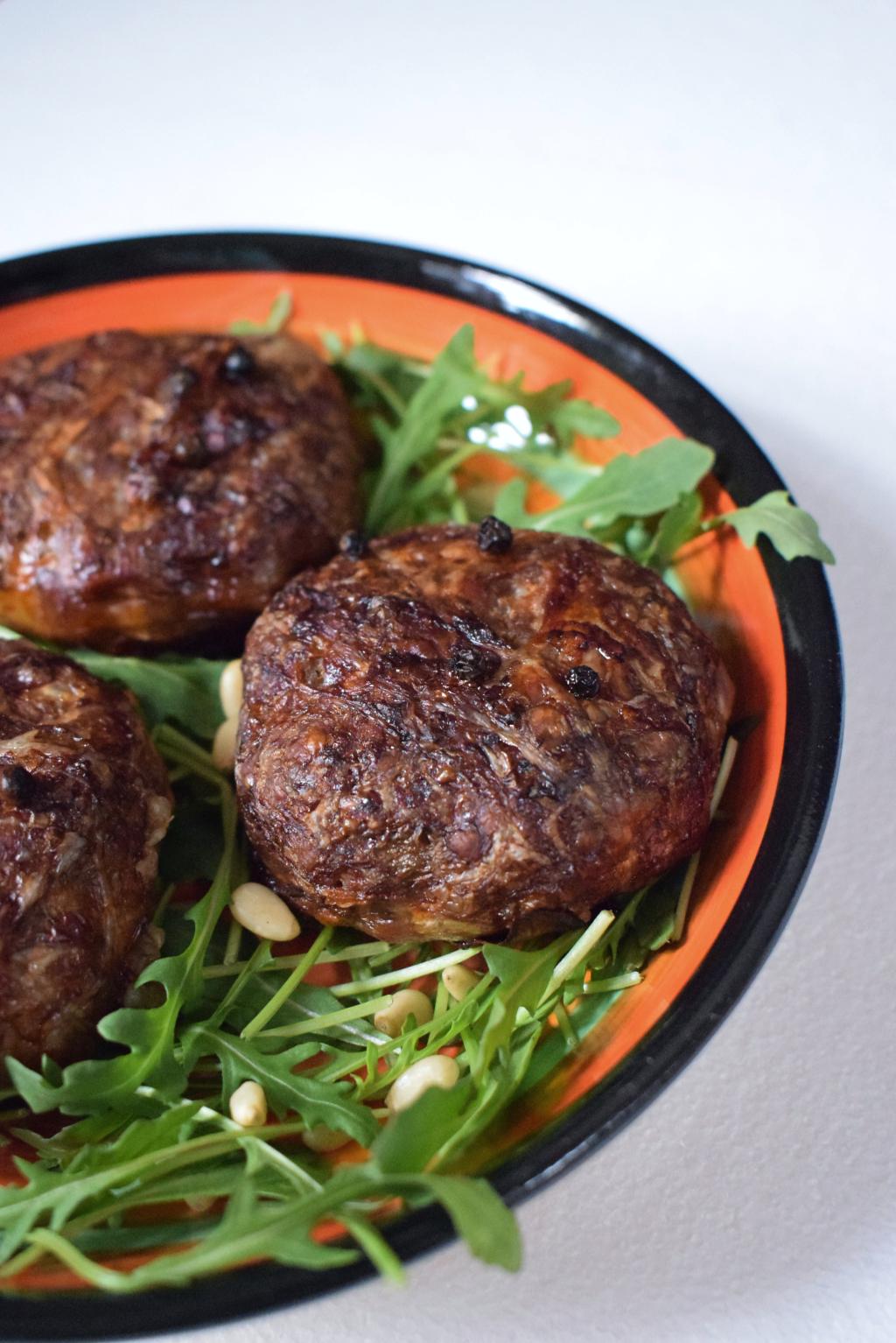 isicia omentata roman burger