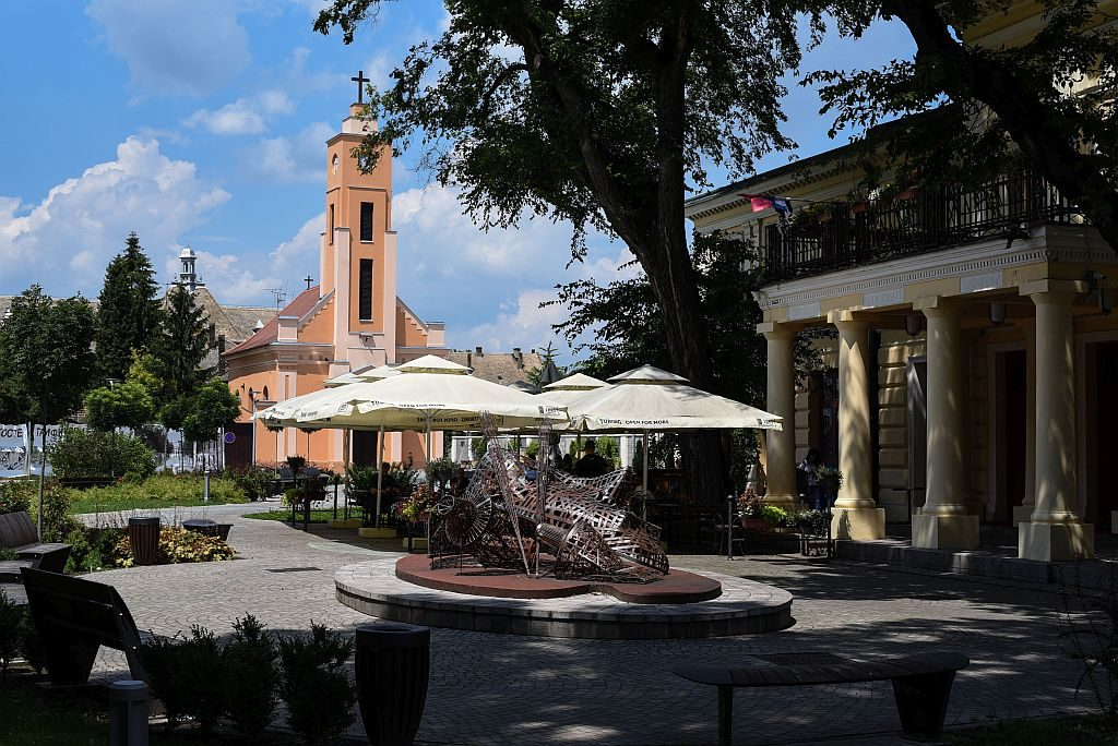Sombor grad kafić