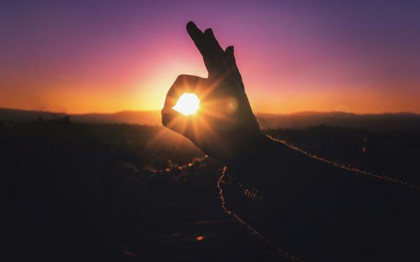 OČI ZBOG KOJIH JE NjEN ŽIVOT PROMENIO BOJU